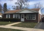 Foreclosed Home in Lyons 60534 4439 CENTER AVE - Property ID: 6321613