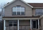 Foreclosed Home in Waukegan 60087 2923 W COUNTRY CLUB AVE - Property ID: 6322673