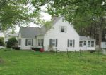 Foreclosed Home in Chicopee 1013 15 DONLYN DR - Property ID: 6322839