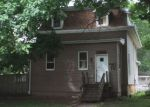 Foreclosed Home in Sterling 61081 711 5TH AVE - Property ID: 6323046