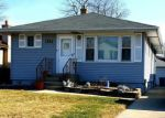 Foreclosed Home in Elmhurst 60126 527 N WALNUT ST - Property ID: 6323047