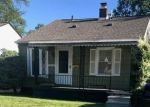 Foreclosed Home in Royal Oak 48073 1013 BAUMAN AVE - Property ID: 6323186