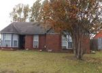 Foreclosed Home in Olive Branch 38654 10403 OAK LEAF DR - Property ID: 6323736