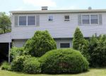 Foreclosed Home in Levittown 11756 121 FARMEDGE RD - Property ID: 6324187