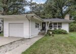 Foreclosed Home in Bartlett 60103 140 N OAK AVE - Property ID: 6324365