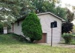 Foreclosed Home in Rockford 61109 3311 ENTERPRISE DR - Property ID: 6324564