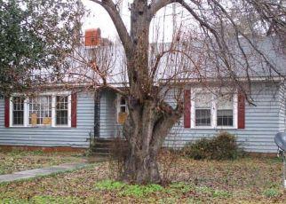 Foreclosure  id: 4000406